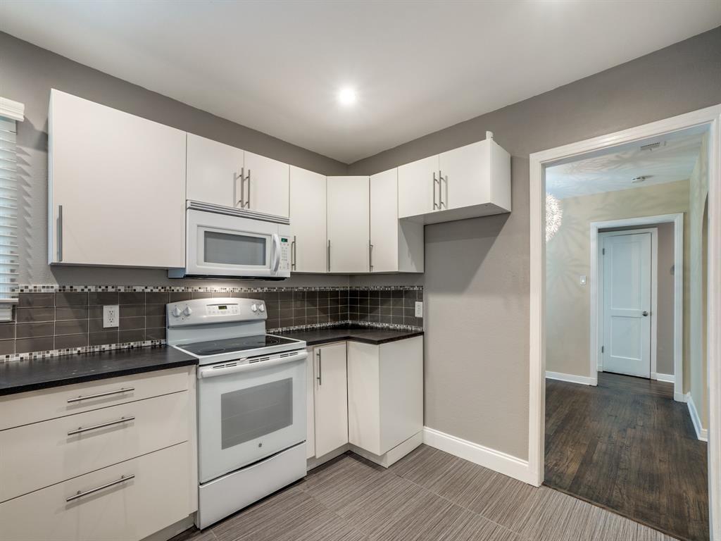Sold Property | 2611 Ivandell Avenue Dallas, Texas 75211 14