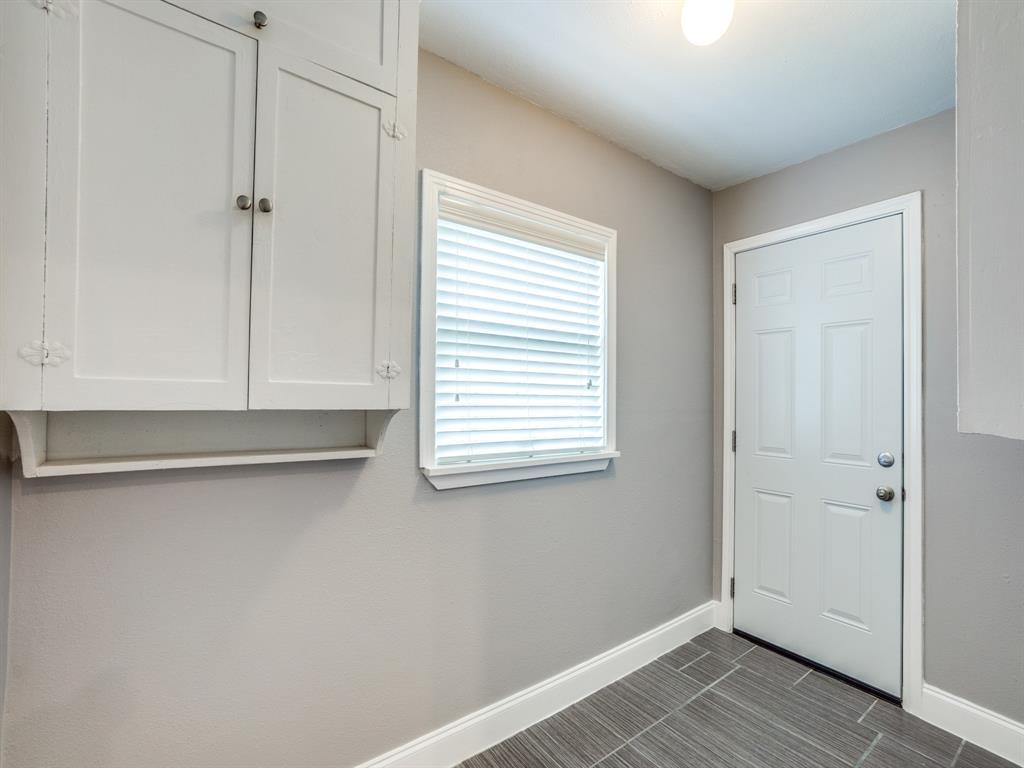 Sold Property | 2611 Ivandell Avenue Dallas, Texas 75211 16