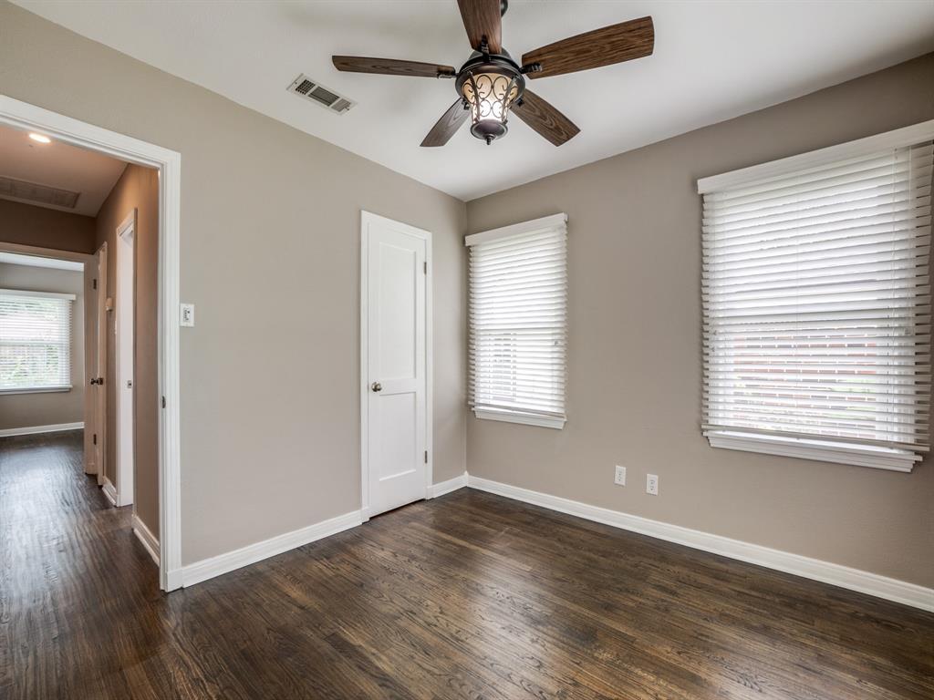 Sold Property | 2611 Ivandell Avenue Dallas, Texas 75211 20