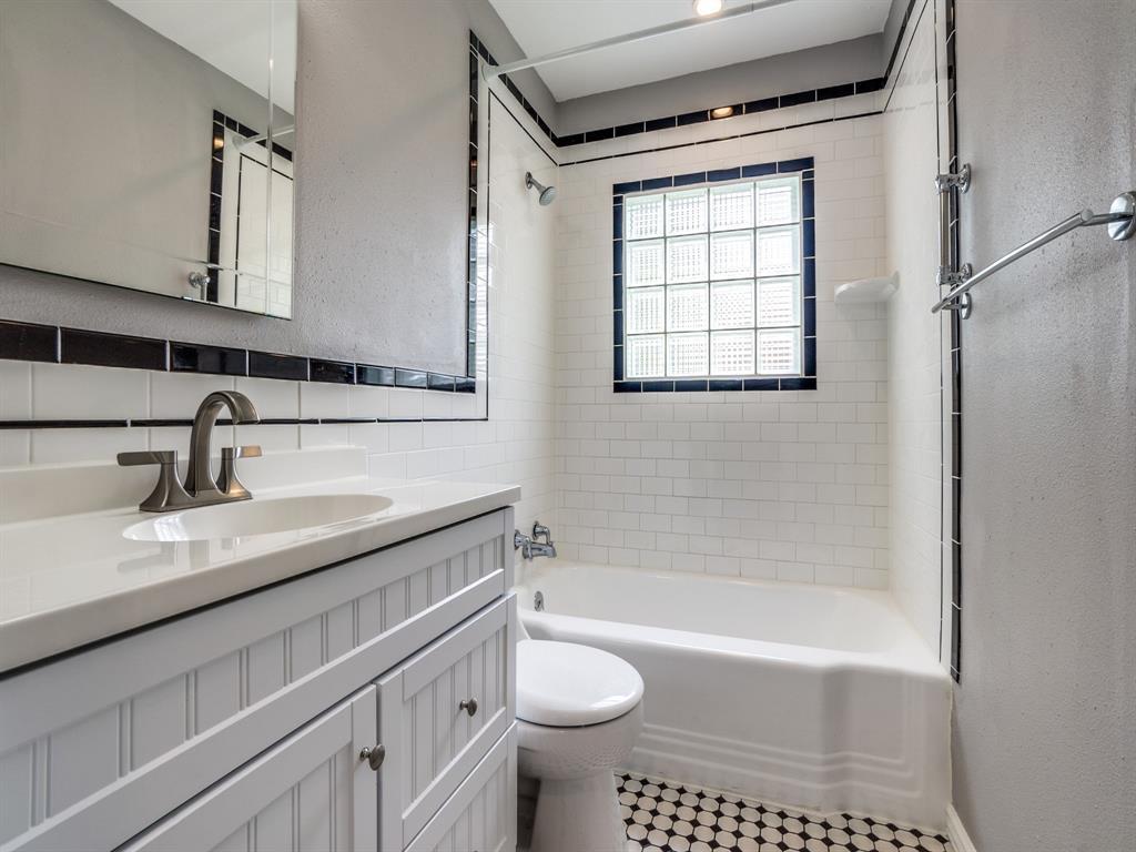Sold Property | 2611 Ivandell Avenue Dallas, Texas 75211 21