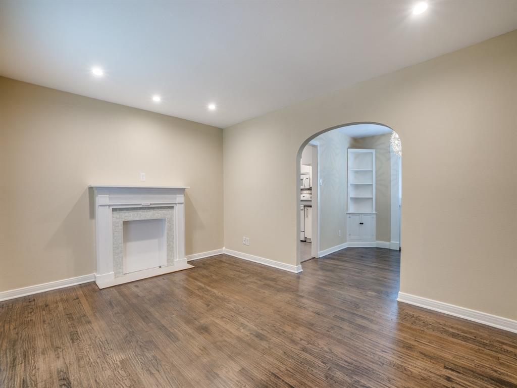 Sold Property | 2611 Ivandell Avenue Dallas, Texas 75211 5