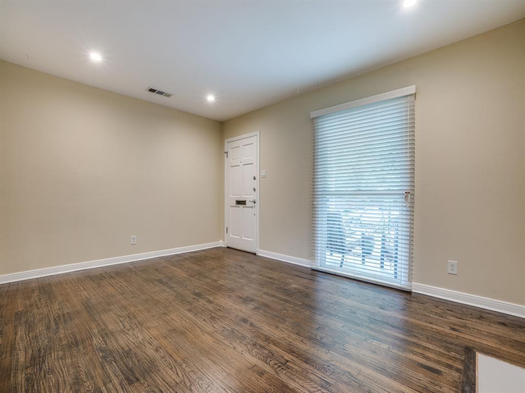 Sold Property | 2611 Ivandell Avenue Dallas, Texas 75211 6
