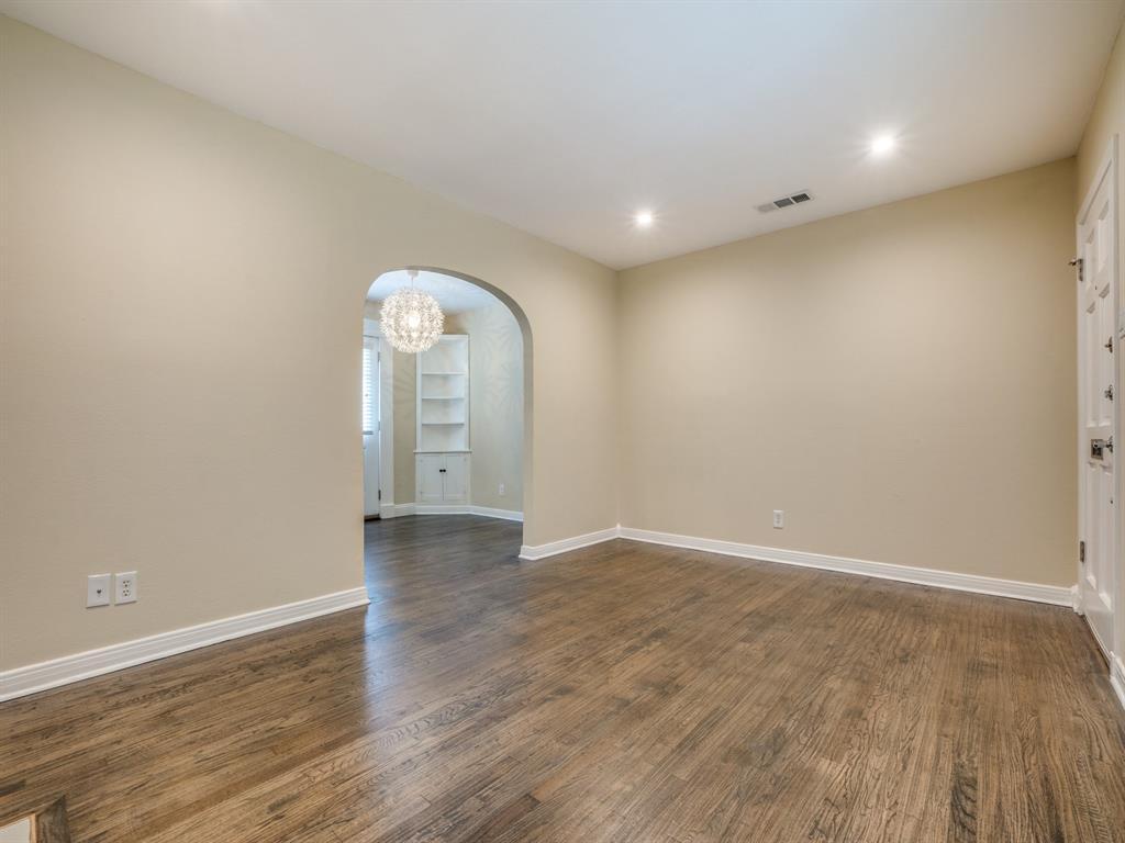 Sold Property | 2611 Ivandell Avenue Dallas, Texas 75211 8