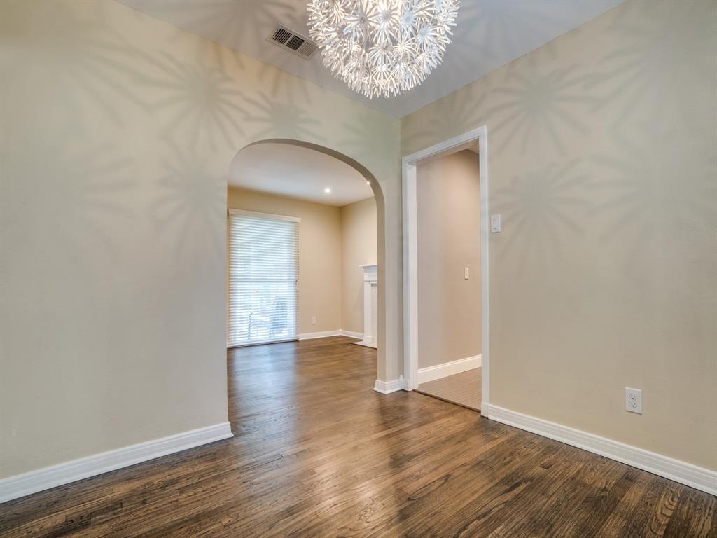 Sold Property | 2611 Ivandell Avenue Dallas, Texas 75211 10