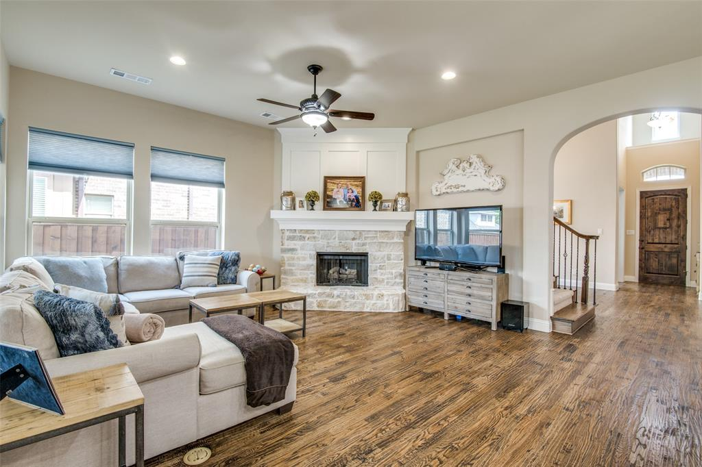 Active Kick Out | 850 Gaited  Trail Frisco, TX 75036 6