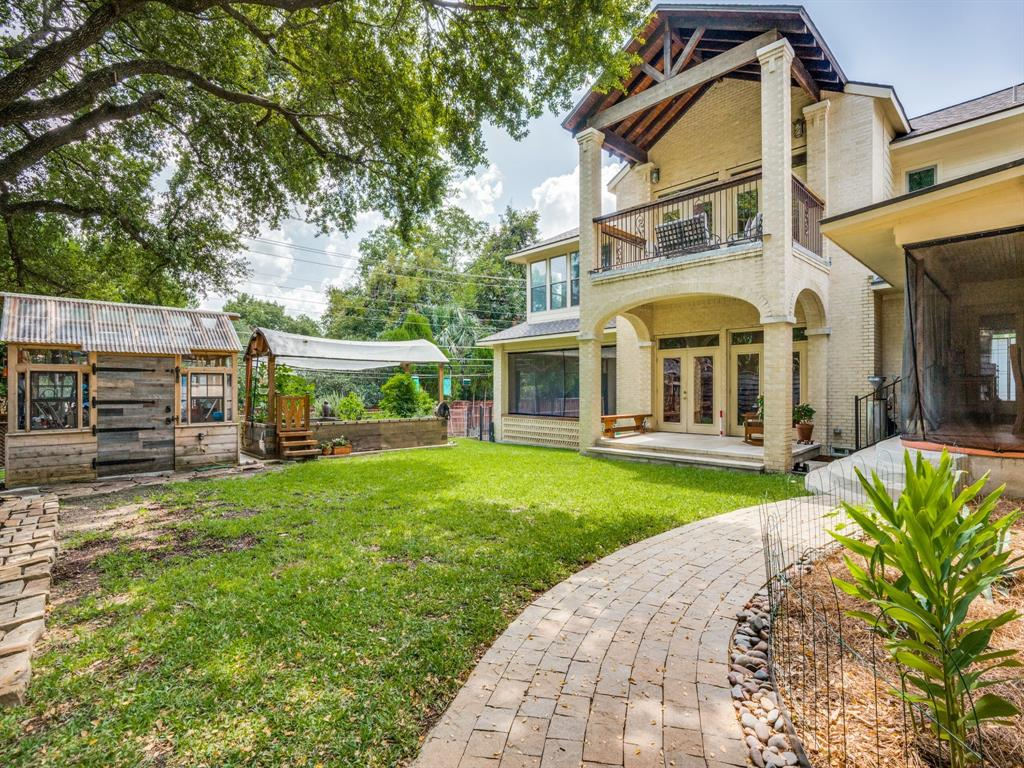 Active | 6922 Cornelia  Lane Dallas, TX 75214 36
