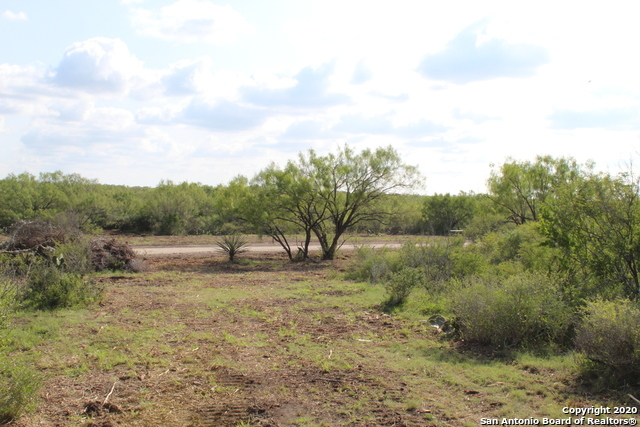 New | 10333 FM 2779 - Tract 3 Pearsall, TX 78061 10