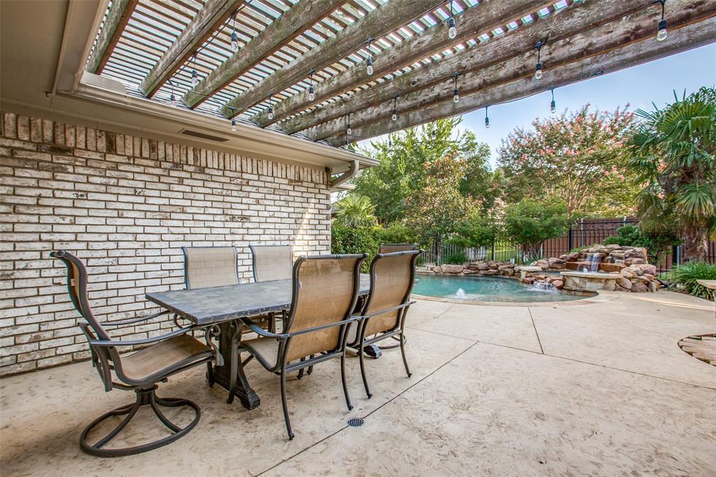 Active | 9408 Shady Valley  Drive Dallas, TX 75238 23