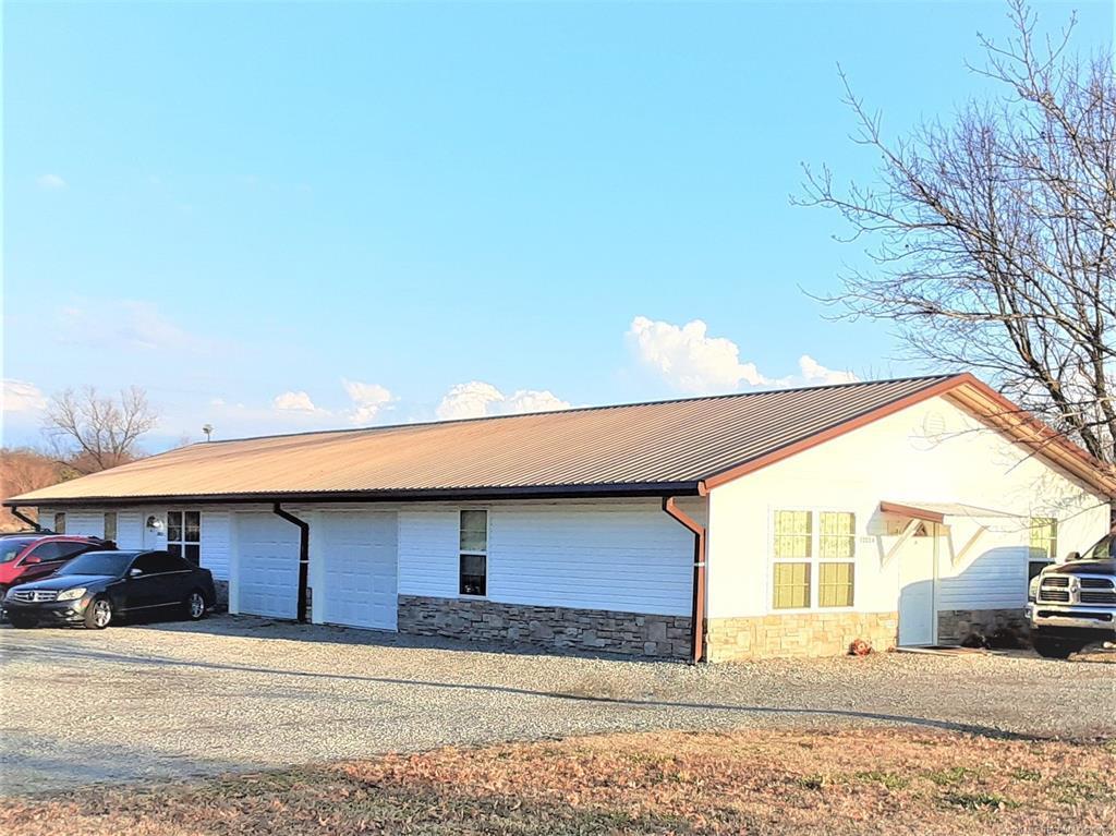 Off Market | 3277 S Oakwood Drive Pryor, Oklahoma 74361 1