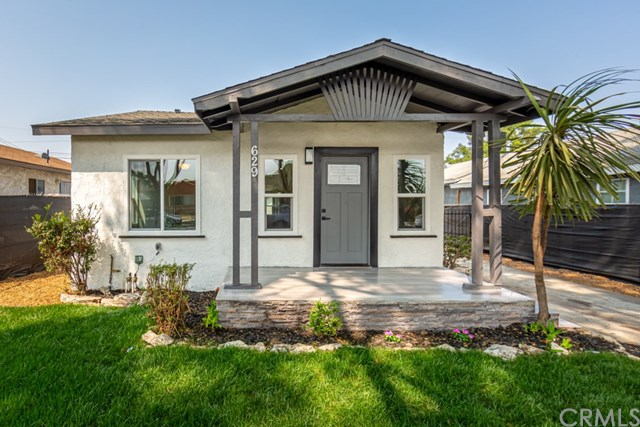 Active Under Contract | 629 W 105th  Street Los Angeles, CA 90044 2