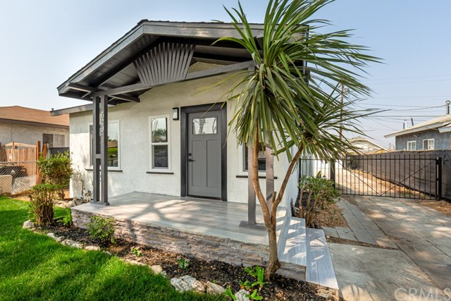 Active Under Contract | 629 W 105th  Street Los Angeles, CA 90044 3