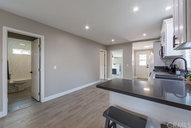 Active Under Contract | 629 W 105th  Street Los Angeles, CA 90044 7
