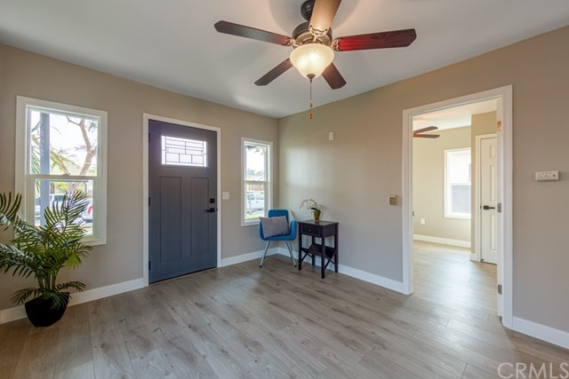 Active Under Contract | 629 W 105th  Street Los Angeles, CA 90044 11