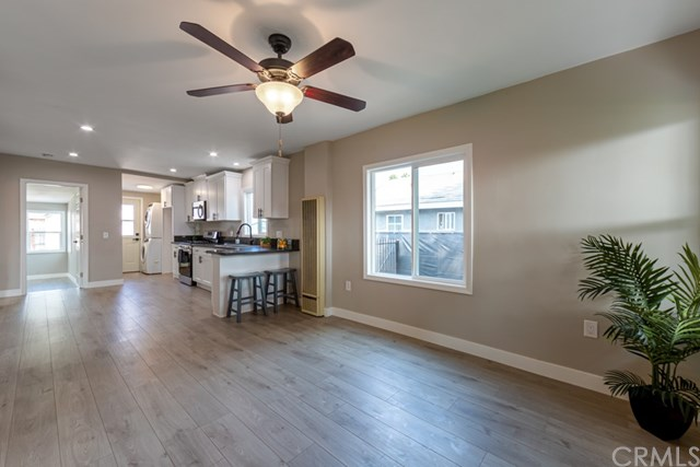Active Under Contract | 629 W 105th  Street Los Angeles, CA 90044 14