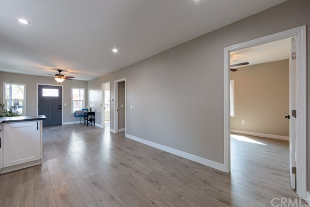 Active Under Contract | 629 W 105th  Street Los Angeles, CA 90044 15
