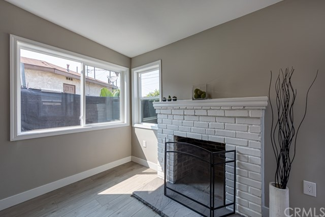 Active Under Contract | 629 W 105th  Street Los Angeles, CA 90044 27