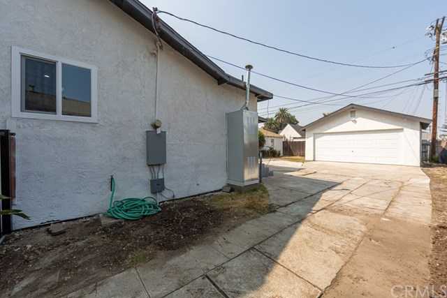 Active Under Contract | 629 W 105th  Street Los Angeles, CA 90044 37