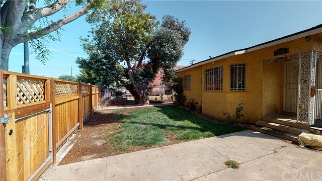 Pending | 932 E 91st  Street Los Angeles, CA 90002 2