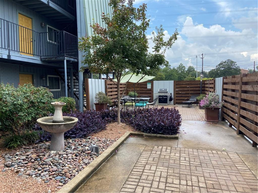 Active | 3815 Guadalupe  Street Austin, TX 78751 25