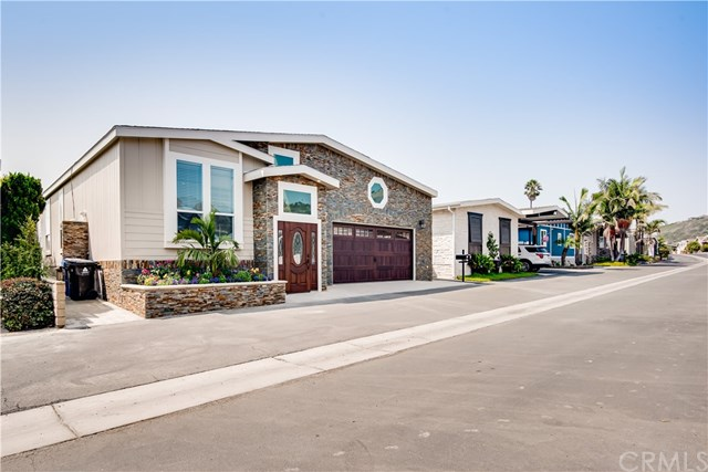 Closed | 2275 W 25th Street #215 San Pedro, CA 90732 33
