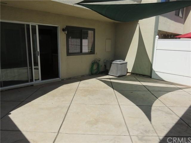 Pending   1454 Camelot  Drive Corona, CA 92882 17