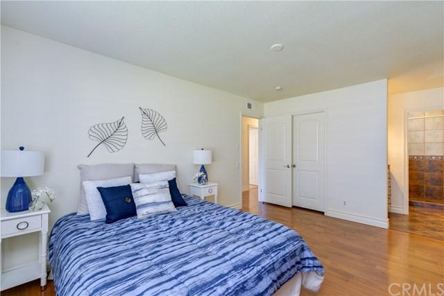 Pending | 827 Citron  Street Corona, CA 92882 22