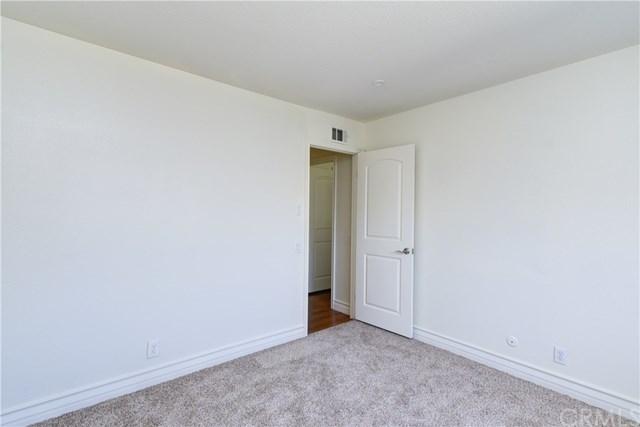 Pending | 827 Citron  Street Corona, CA 92882 27