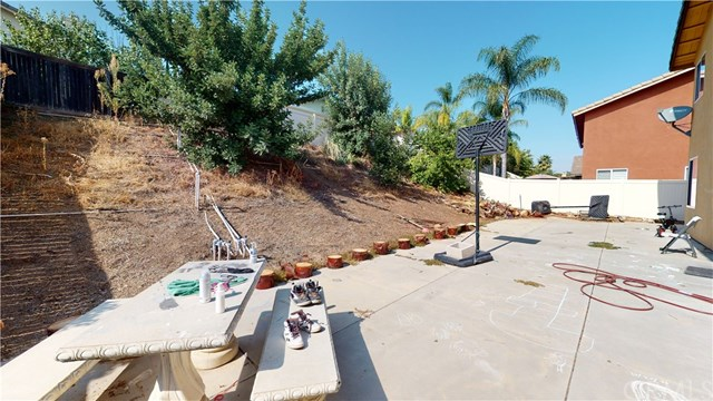 Active Under Contract | 1366 Baldwin  Drive Corona, CA 92881 2