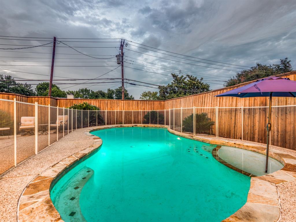 Pending | 6257 E University  Boulevard Dallas, TX 75214 31