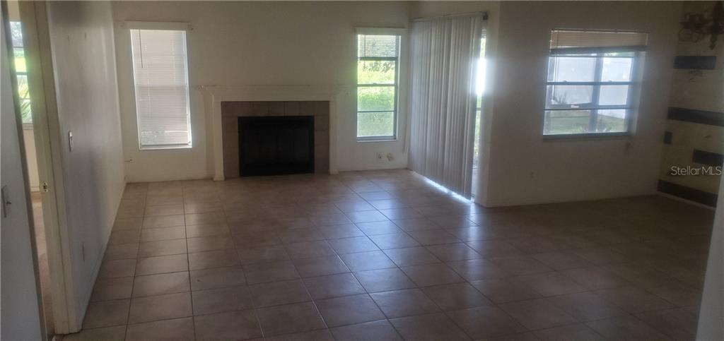 Active | 12121 FRUITWOOD  DRIVE RIVERVIEW, FL 33569 4