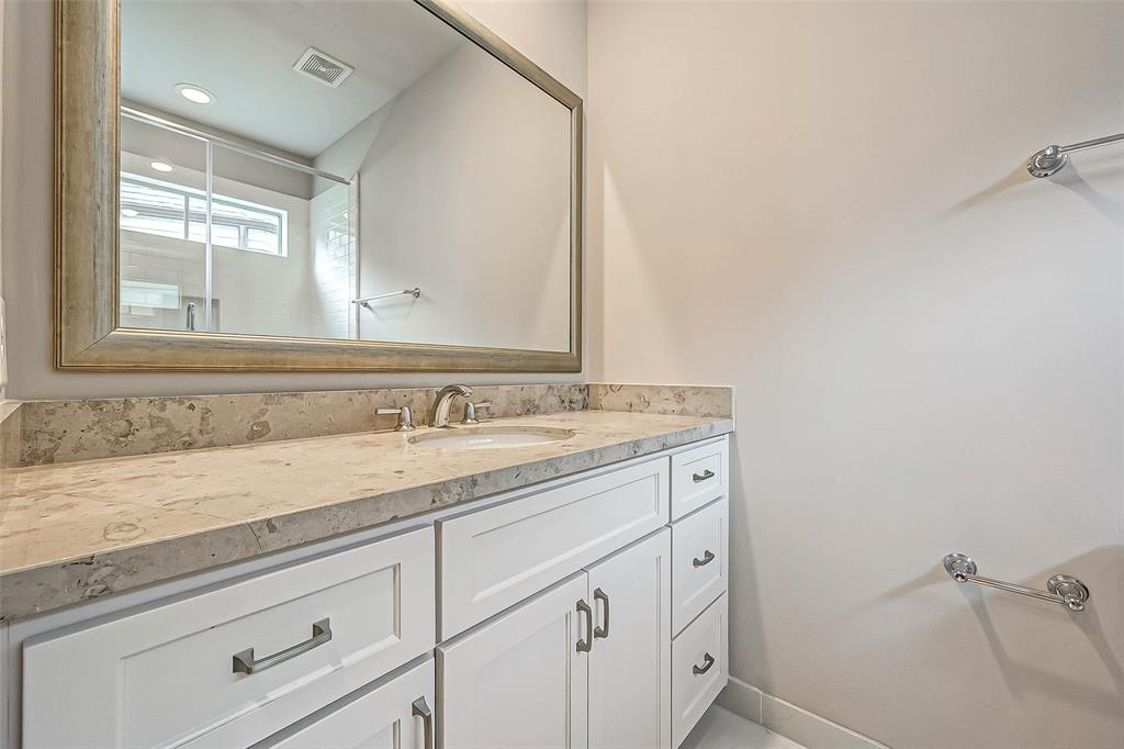 Active | 66 Wooded Park  Place The Woodlands, TX 77380 15
