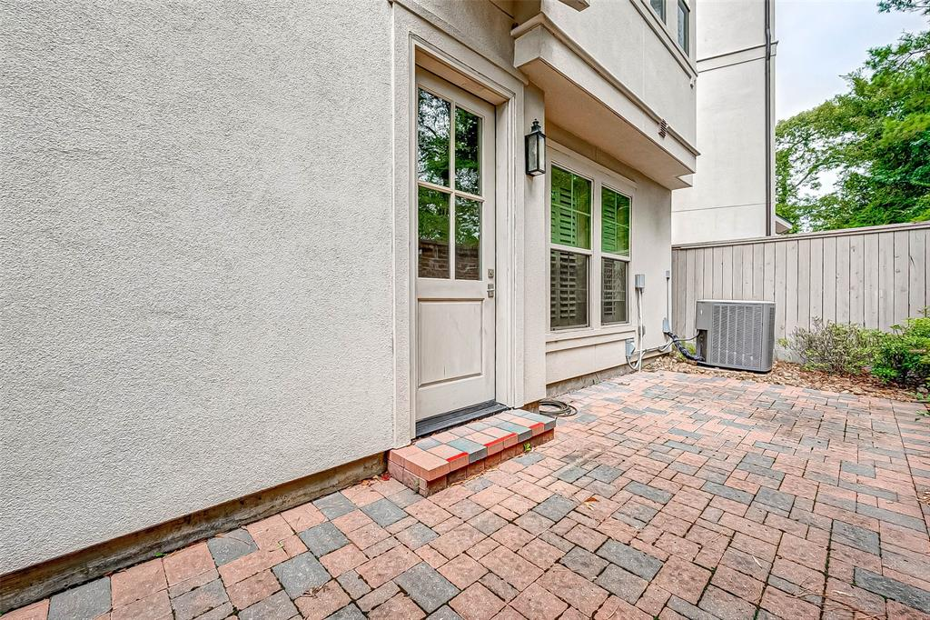 Active | 66 Wooded Park  Place The Woodlands, TX 77380 19