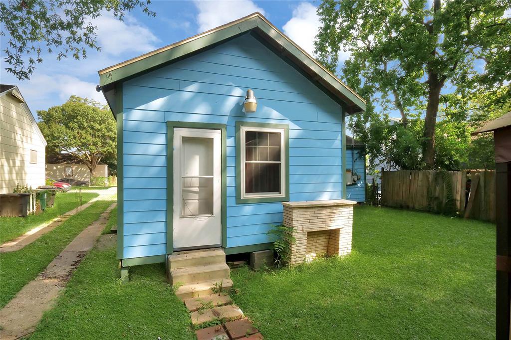 Active | 6718 Moss Rose  Street Houston, TX 77087 16