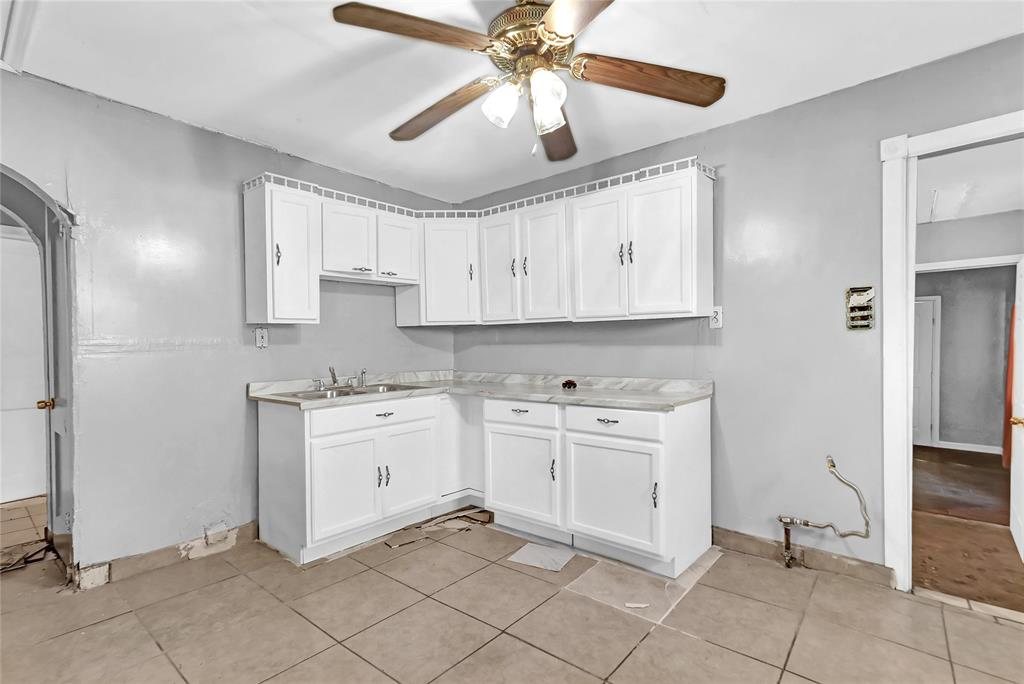 Active | 6718 Moss Rose  Street Houston, TX 77087 6