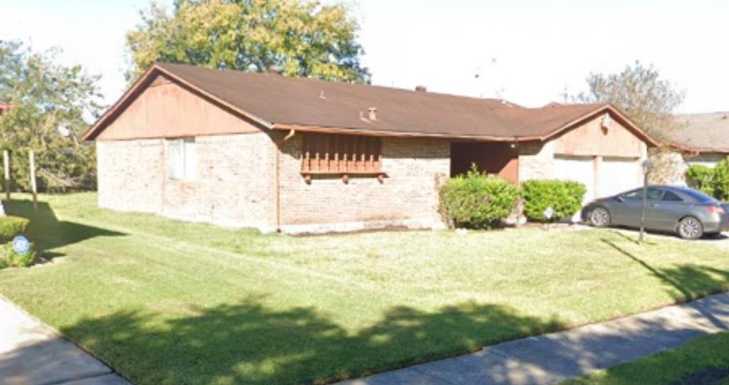 Active | 15806 Blueridge Road Houston, Texas 77489 2