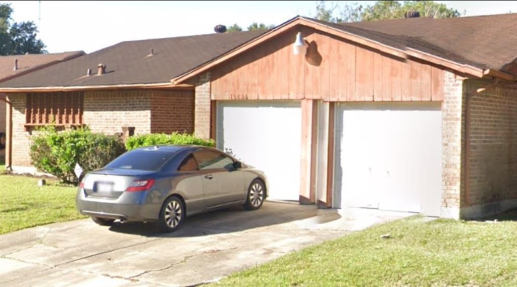 Active | 15806 Blueridge Road Houston, Texas 77489 3