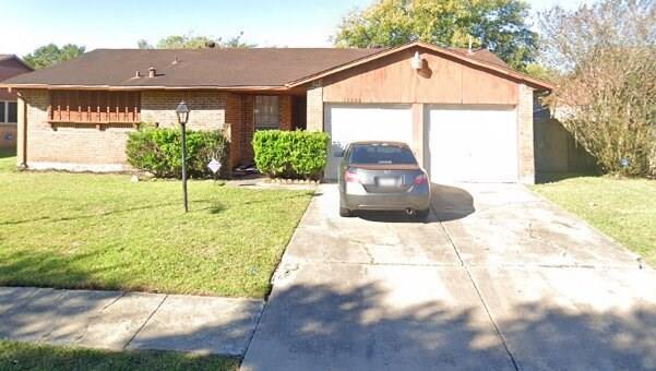 Active | 15806 Blueridge Road Houston, Texas 77489 7