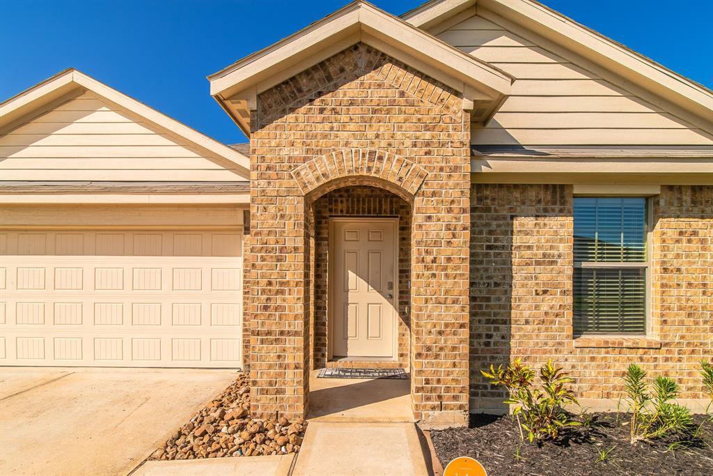 Pending | 20231 Louetta Reach  Drive Spring, TX 77388 3