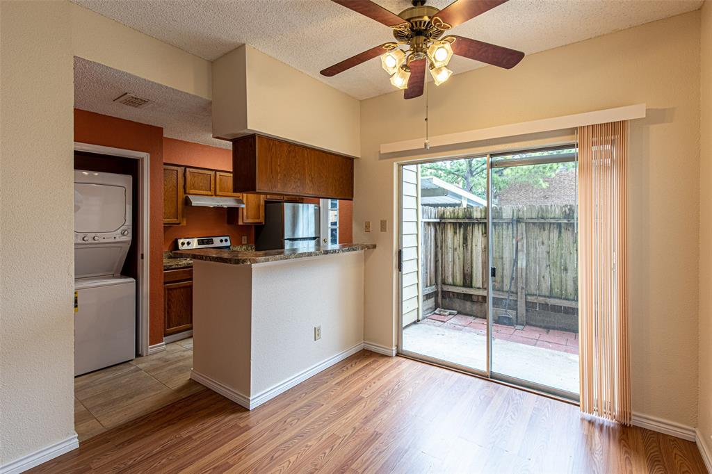 Off Market   1515 SANDY SPRINGS Road #2201 Houston, Texas 77042 6