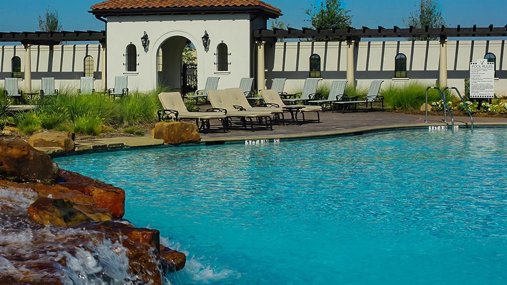 Sold Property | 1616 Viridian Park  Lane Arlington, TX 76005 32