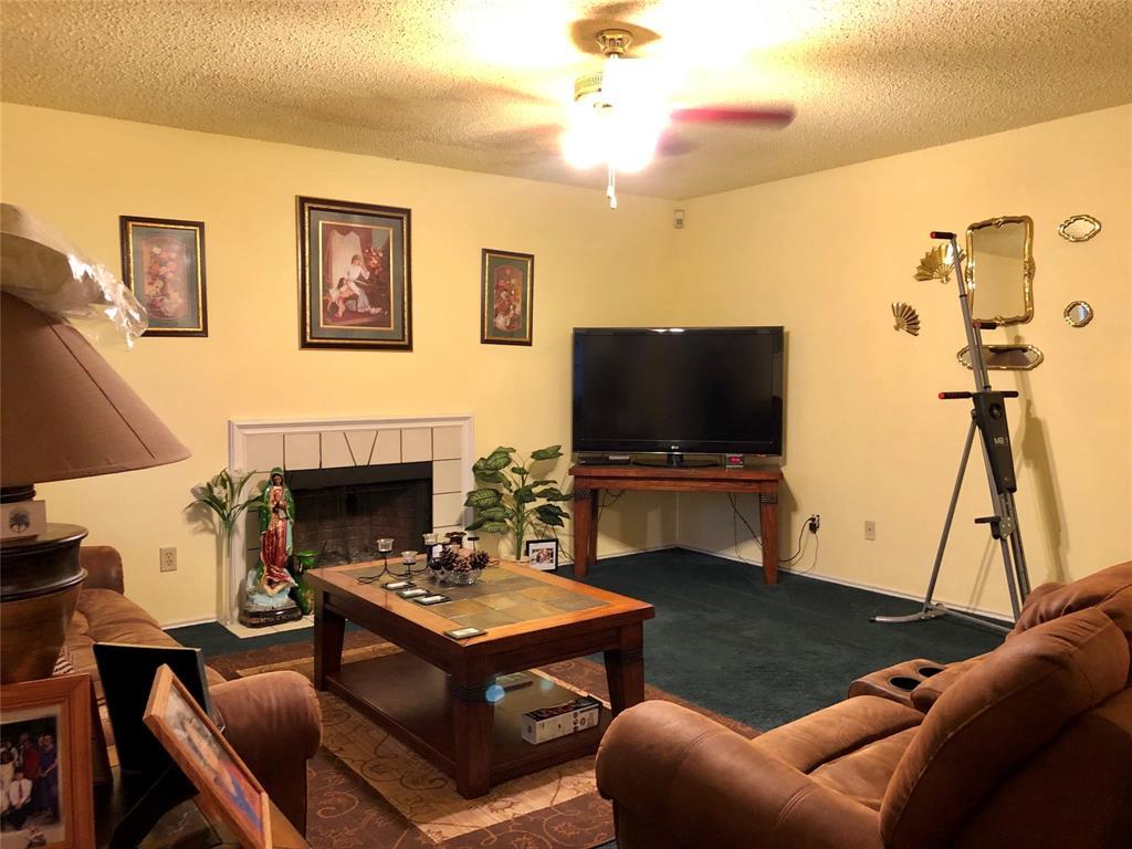 Active | 904 Brae Loch  Drive Dallas, TX 75217 3