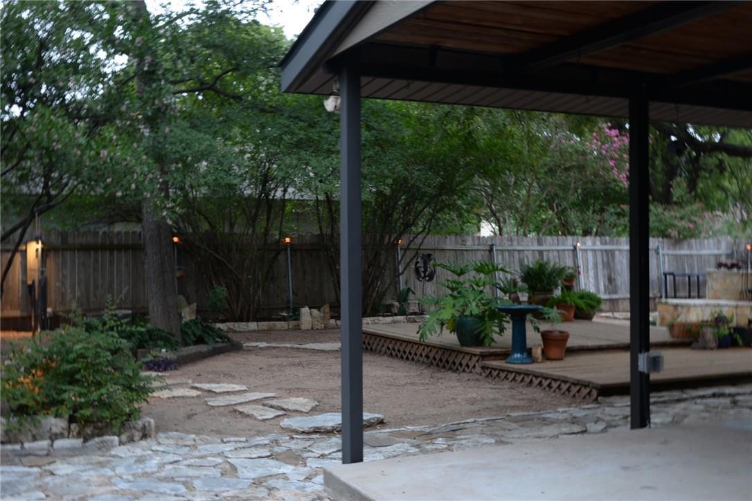 Pending   11600 Show Barn  Cove Austin, TX 78750 34