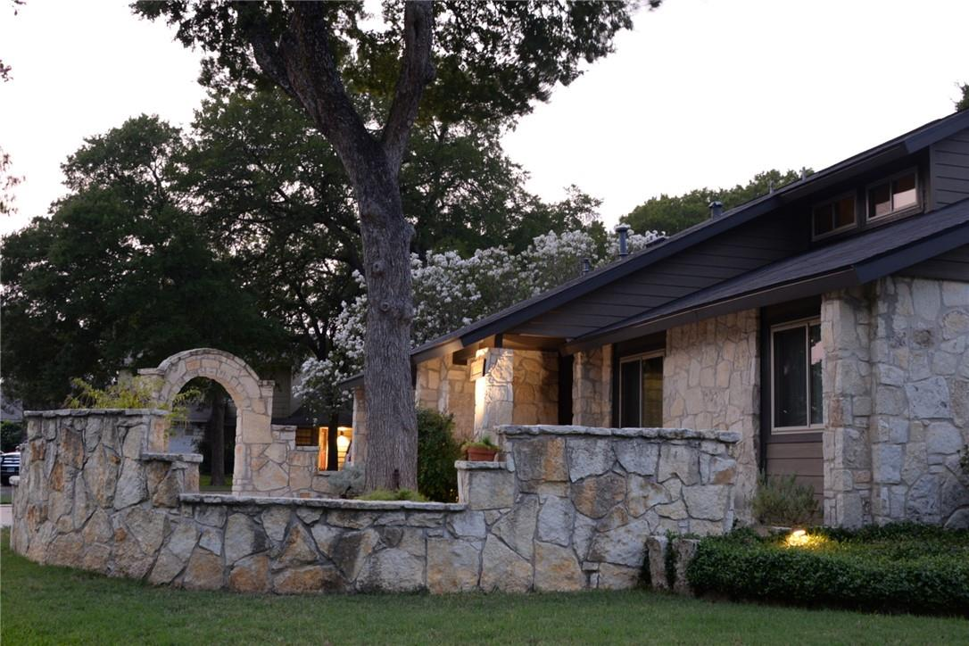 Pending   11600 Show Barn  Cove Austin, TX 78750 39