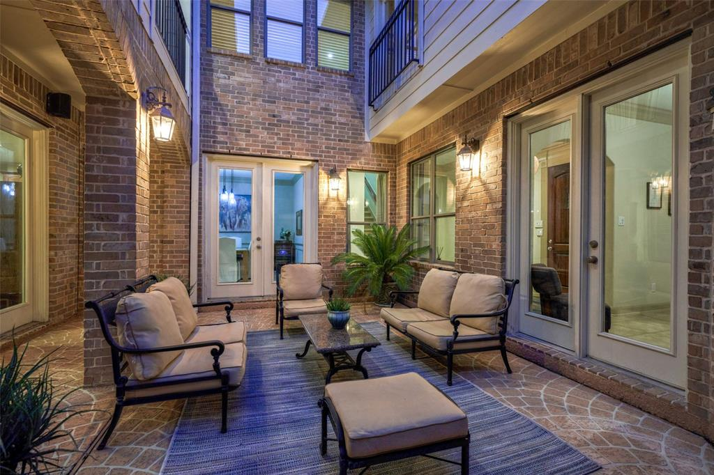 Pending | 66 Mill Point Place The Woodlands, Texas 77380 18