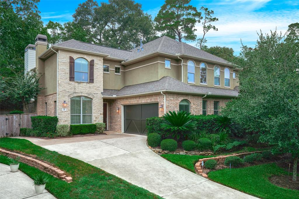 Pending | 66 Mill Point Place The Woodlands, Texas 77380 2