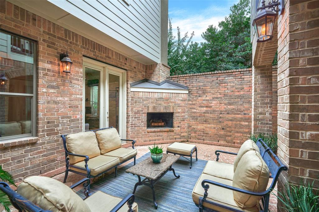 Pending | 66 Mill Point Place The Woodlands, Texas 77380 22