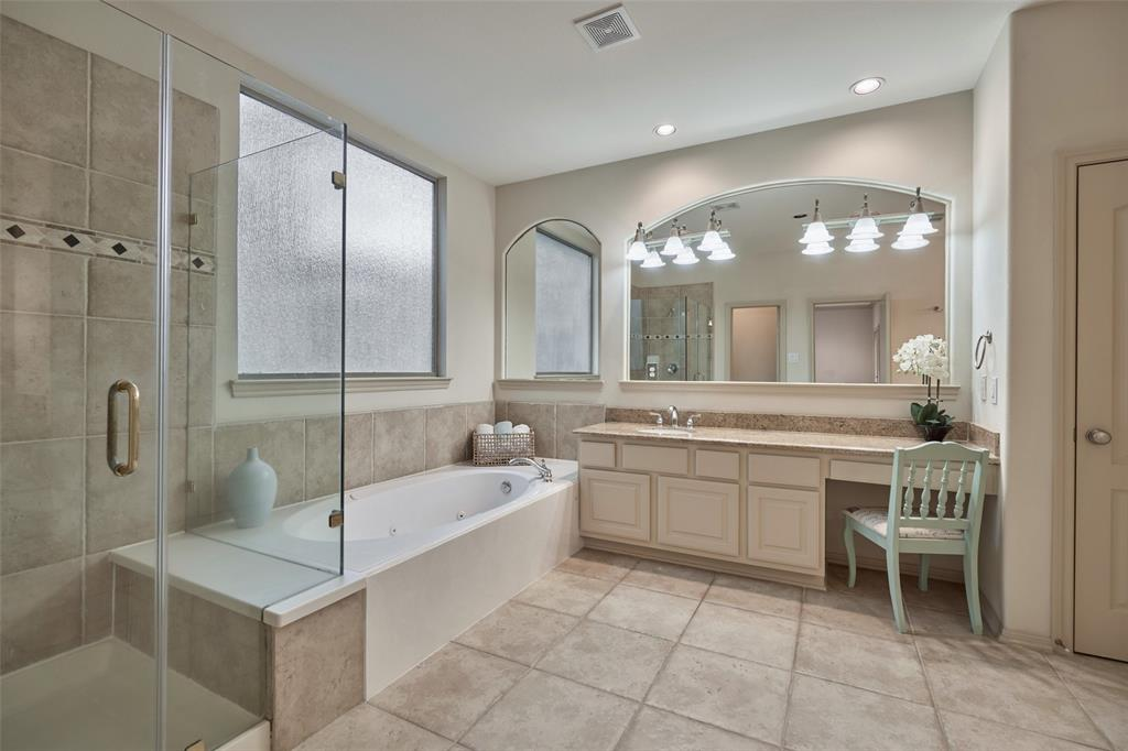 Pending | 66 Mill Point Place The Woodlands, Texas 77380 26