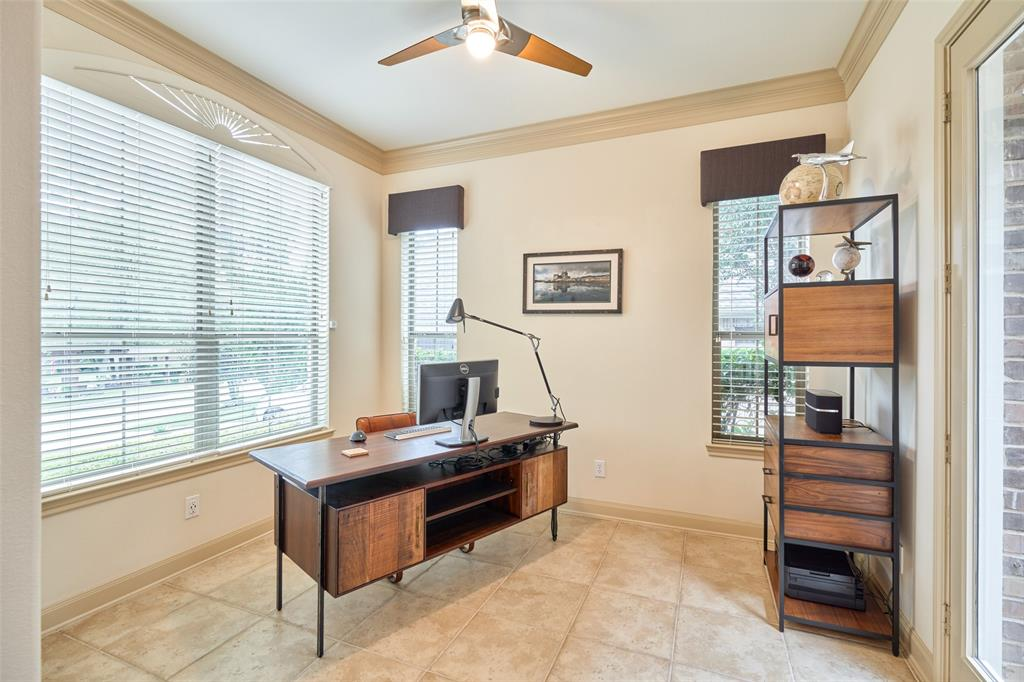 Pending | 66 Mill Point Place The Woodlands, Texas 77380 29