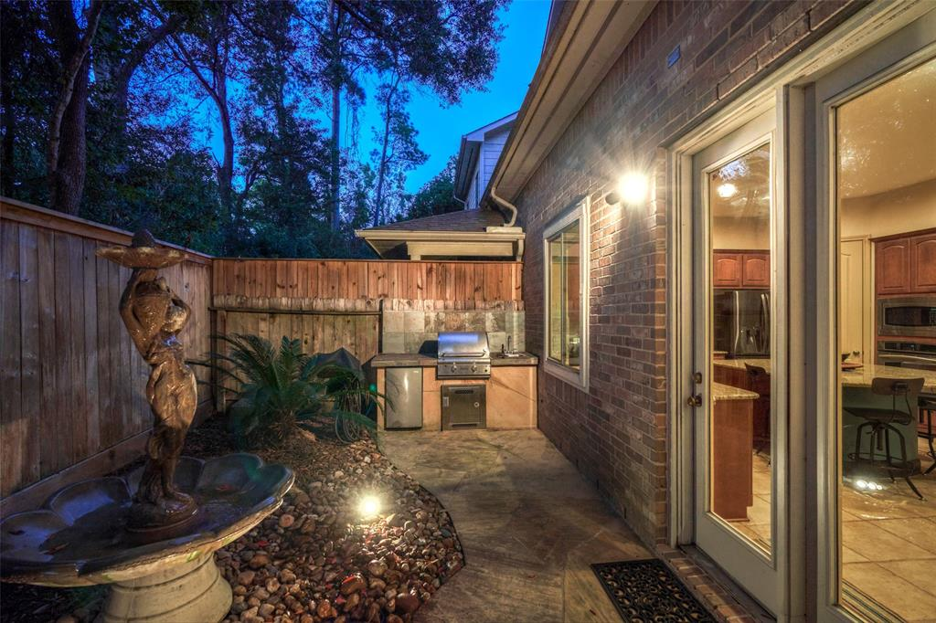Pending | 66 Mill Point Place The Woodlands, Texas 77380 42