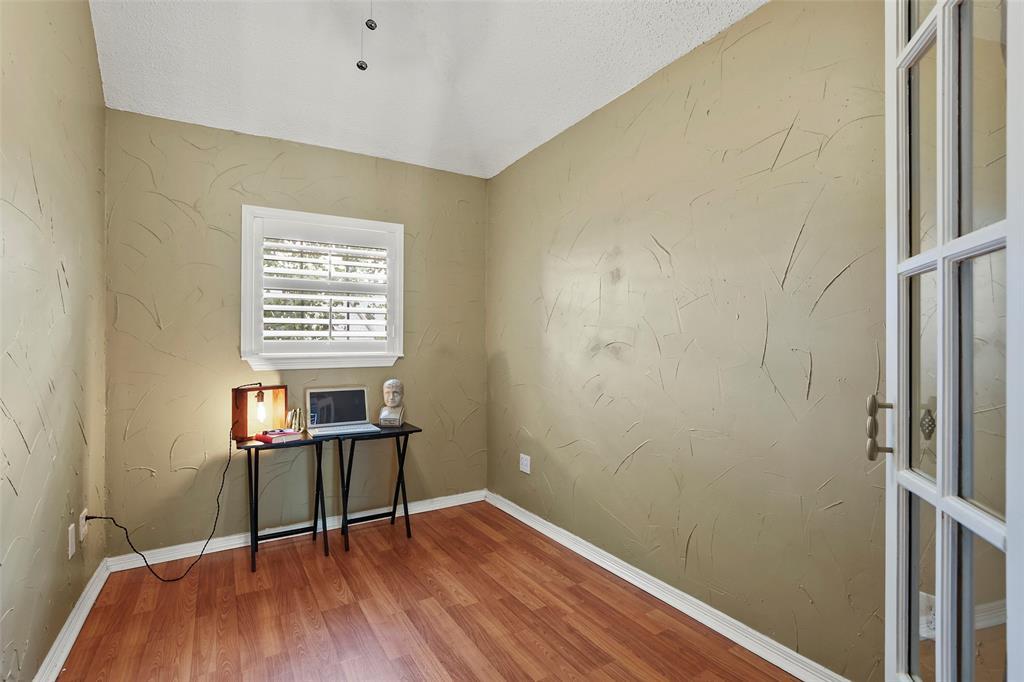 Dallas Real Estate | 7646 Chadwick  Court Dallas, TX 75248 17